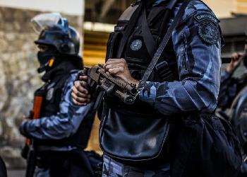 17 03 16 policia choque brasil