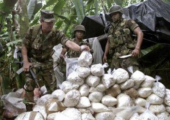 c243mo acabar con el nexo entre conflicto y drogas en colombia