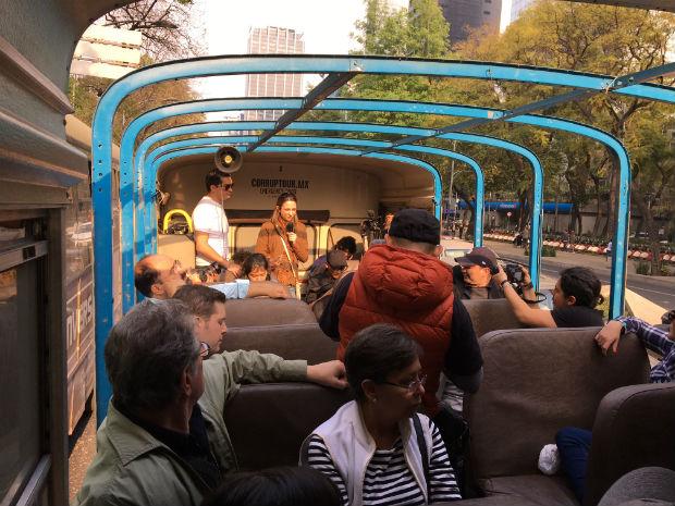 17 02 02 Mexico Bus Corruption
