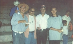 Former police chief Menesses with a Barrio 18 leader