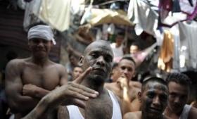 El Salvador's gangs continue to extort despite truce