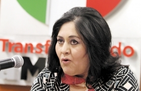 Oaxaca candidate Rosalia Palma's husband and aide were killed.