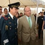 Juarez Mayor Murguia, Police Chief Leyzaola with bodyguards