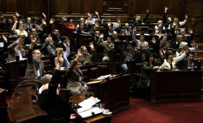 Uruguayan congressmen at vote on cannabis legalization