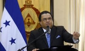 Arturo Corrales presents security plan