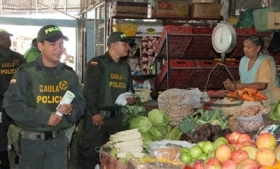 Colombia police run campaign to combat extortion