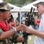 Ramon Isaza handing in his weapons in 2006