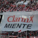 Banner hung by River Plate barra brava