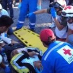 ICRC workers attend to an injured man in Guatemala