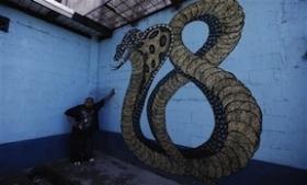 A Barrio 18 prison mural