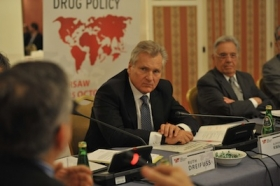 Members of the Global Drug Policy Commission