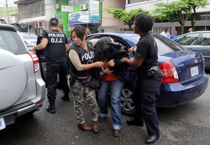 Costa Rican police arrest a judge for corruption
