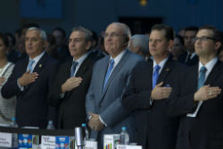 Former New York mayor Rudolph Giuliani (center) with Guatemalan government officials