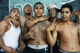 Mara members make gang signs