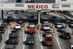 A US-Mexico border checkpoint