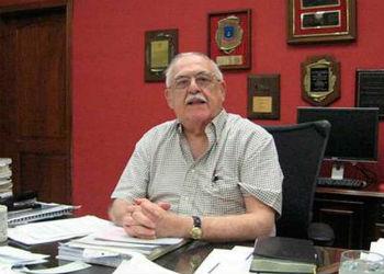Jaime Rosenthal Oliva in his office