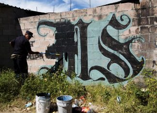 MS13 graffiti in El Salvador