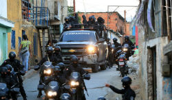 OLP forces raid a neighborhood in Venezuela