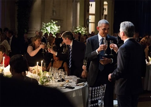 Presidents Obama and Macri toast in Buenos Aires.