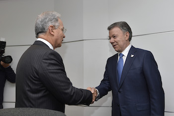 Colombian President Juan Manuel Santos and former President Álvaro Uribe