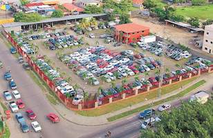 The auto dealership raided by Honduran authorities as part of Operation Avalanche