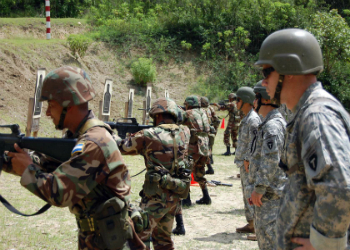 US Armed Forces training Honduran military