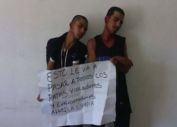 "Men detained and wounded by the ""justicieros"""