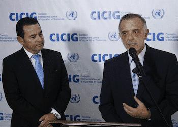 Presidente de Guatemala Jimmy Morales y jefe de la CICIG Iván Velásquez