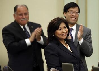 La representante estadounidense Norma Torres presentó una enmienda que busca asegurar los fondos de la lucha contra la corrupción