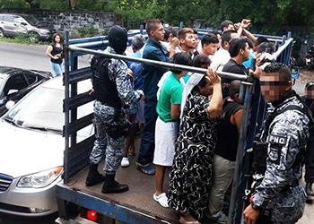 Arrestos en operativo antipandillas en El Salvador