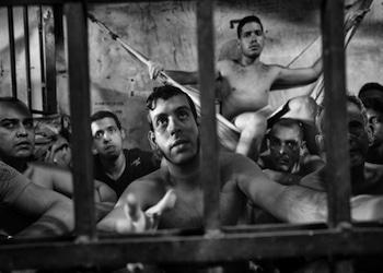 """Las cárceles de Venezuela están bajo el poder de los """"pranes"""", como se les llama a los líderes de las pandillas"""