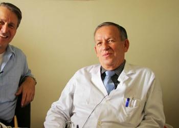 Dr. Francisco José Mora Palma (derecha)