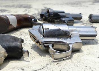 Las armas de fuego suelen llegar a donde operan los grupos criminales