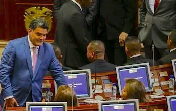 La obstrucción política y la falta de liderazgo han frenado la legislación para la paz