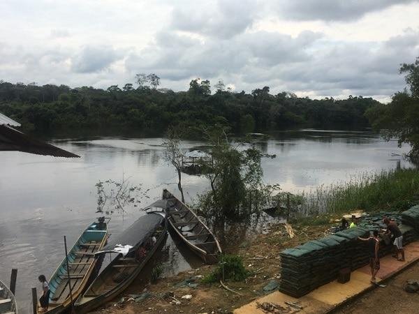 Rio Vaupés usado para transporte de base de coca