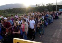 Venezuela reabrió su cruce fronterizo oficial con Colombia, pero los grupos criminales siguen controlando los pasos remotos por donde transita el contrabando