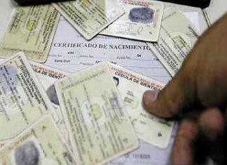 Delincuentes en Colombia pagan altas sumas de dinero para obtener documentos falsos