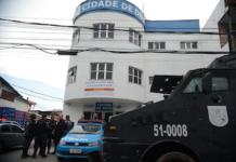 Pandillas como el Comando Rojo de Brasil han sido durante mucho tiempo los órganos de gobierno de facto en muchas favelas de Río de Janeiro